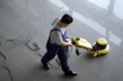ist1_9368154-vacum-cleaner